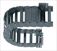 E4/4 Energy Chains cable carriers